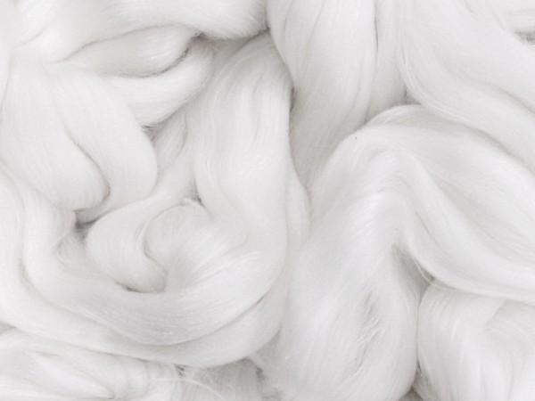 Tencel (Lyocell-Cellulose) / 16mic Südamerik. Merinowolle 50% / 50% - edelweiß extra fein im Band