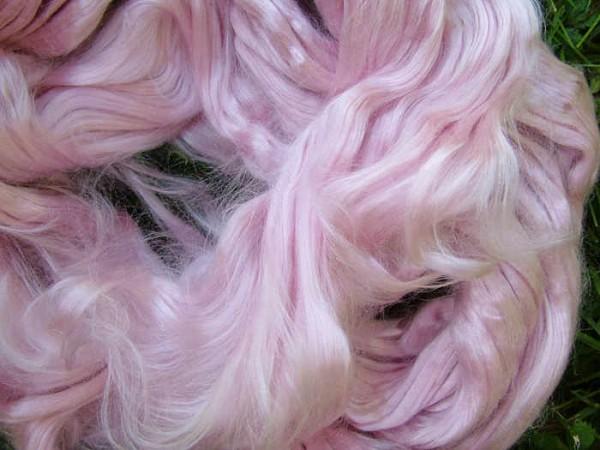 buntgefärbte Maulbeerseide - rosenquarz extra fein im Band