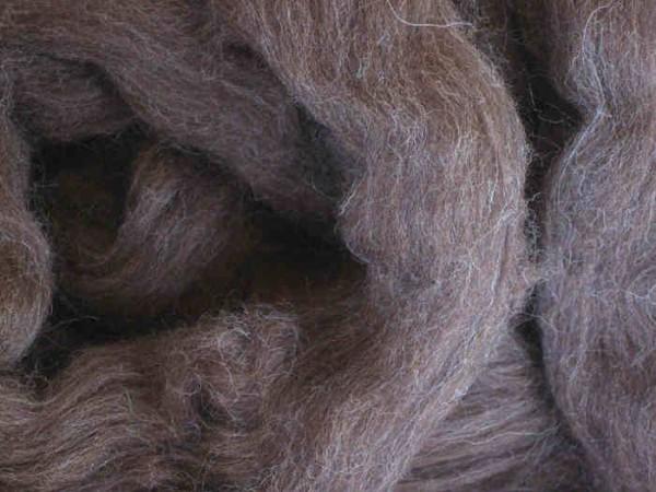 Spanische Wolle - braunmeliert mittelfein 24 mic im Band
