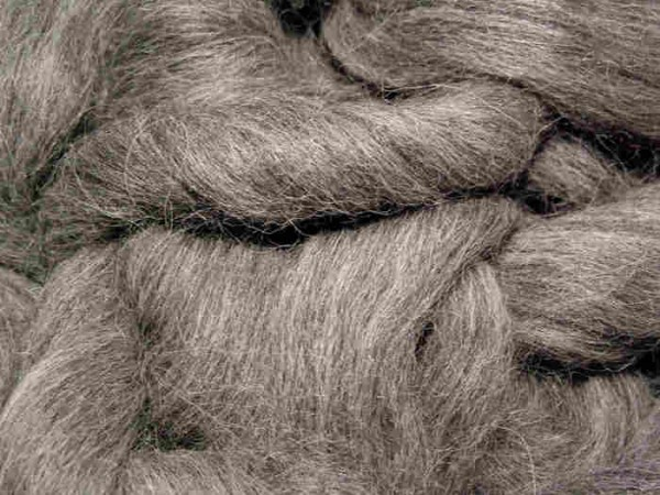 Alpacawolle - mittelgrau sehr fein im Band