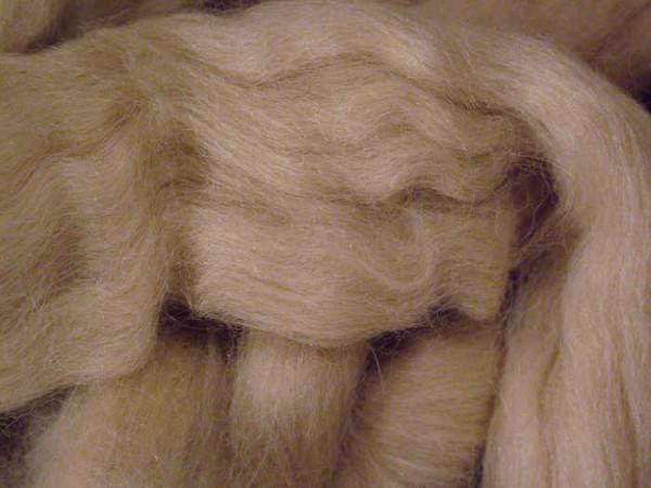 Alpacawolle - hellbeige sehr fein im Band