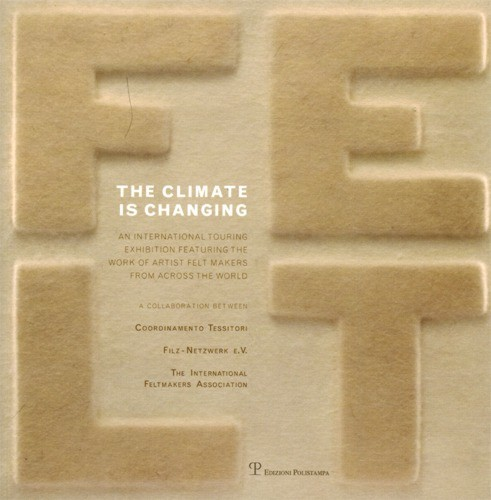 THE CLIMATE IS CHANGING - (Ausstellungs-Begleitbuch) (Literatur)